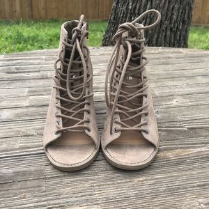 Mossimo Supply Co. Tan Lace Up Heels SZ 7